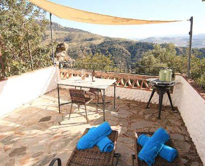 family vacation - yoga retreat - spain andalucia (16)