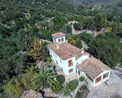 family vacation - yoga retreat - spain andalucia (3)